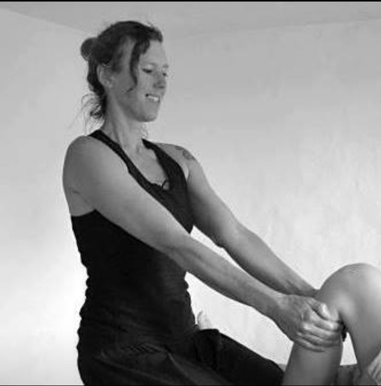 Ruth Bell: Thai Massage Tutor School of Bodywork